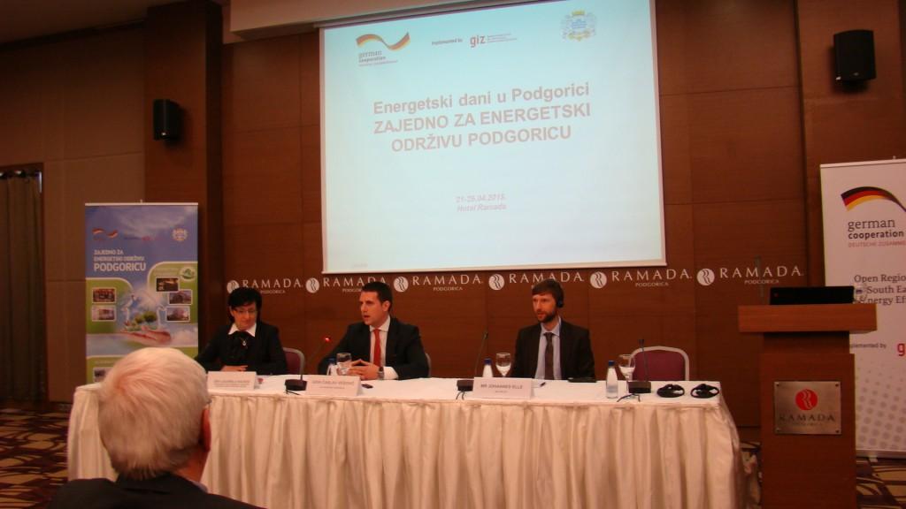 Fotka br.7 AKTIVNOSTI - Konferencije